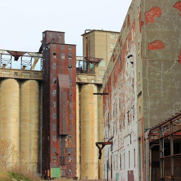 abandoned-silos-1